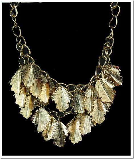 maxi colar dourado folhas