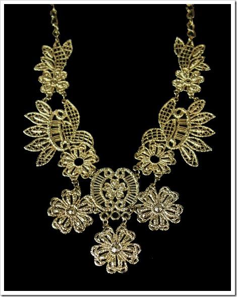 maxi colar dourado renda guipier