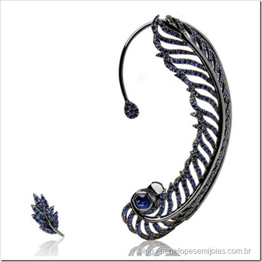 brinco de orelha inteira - ear cuff - cuff earring -ear piece  la_boucle_d_oreille_plume_de_paon_d_elise_dray