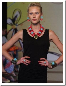 desfile Senac Rio Fashion Business - coleção primavera verão 2013 - francesca romana diana - tendência acessórios verão - La Gitane (30)