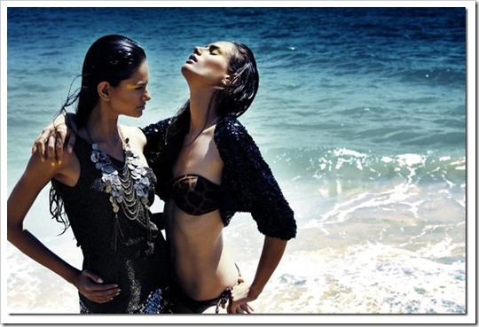 Maxi Colar Moeda coleção Nova York - Vogue Italia e revista House Mag