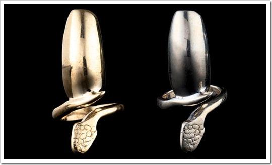 Bijules-Nail-Ring-gold-silver