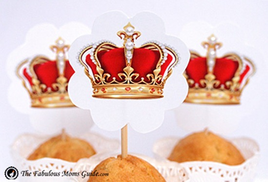 Free-crown-and-pearl-cupcake-toppers