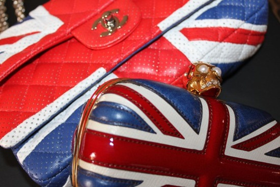 God Save the Queen - Jubillee - Estilo acessórios fashion moda Jubileu da Rainha - England Style Jimmy Choo Shoes (5)