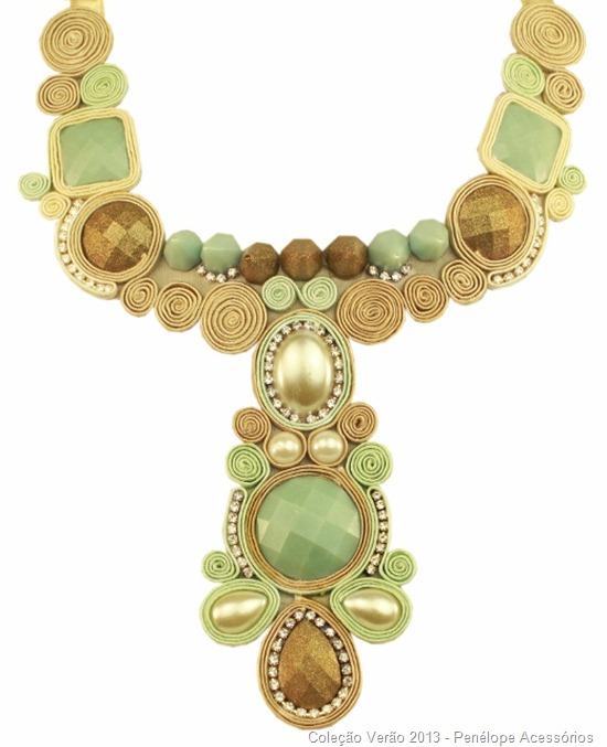 maxi colar maria antonieta em soutache nude e strass e chatons verde agua e ouro velho - Camila Seidel (519x640)