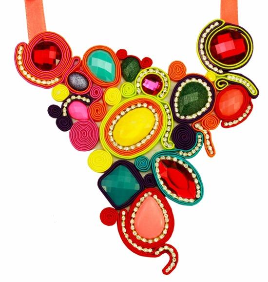 maxi colar soutache feito a mão colorido com strass e chatons cores tendência neon fluor tendência verão 2013 (759x800)