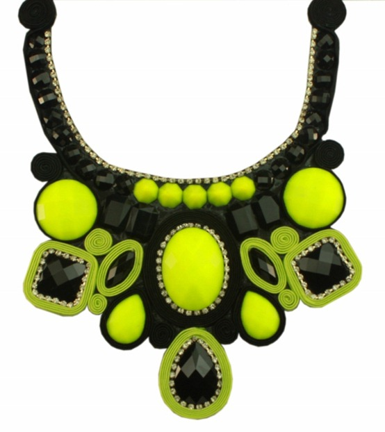 maxi colar soutache feito a mão gota preta e verde limão tendencia acessorios verão 2013 (700x800)