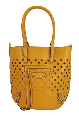 bolsa com corte à laser, bolsa amarela, bolsa de couro sintético, tendência, bolsa feminina, verão 2014