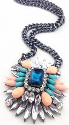 shourouk, swarovski designer francesa, acessórios, bijoux, bijuterias, cristal, maxi colares, colares statments, brincos de cristal, brincos festa, colar festa (4)