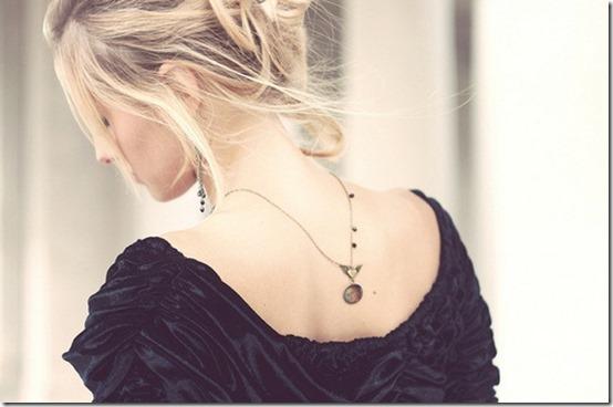 tendencia acessorios, colar, colar pra tras, colar nas costas, acessorios de verão (3)